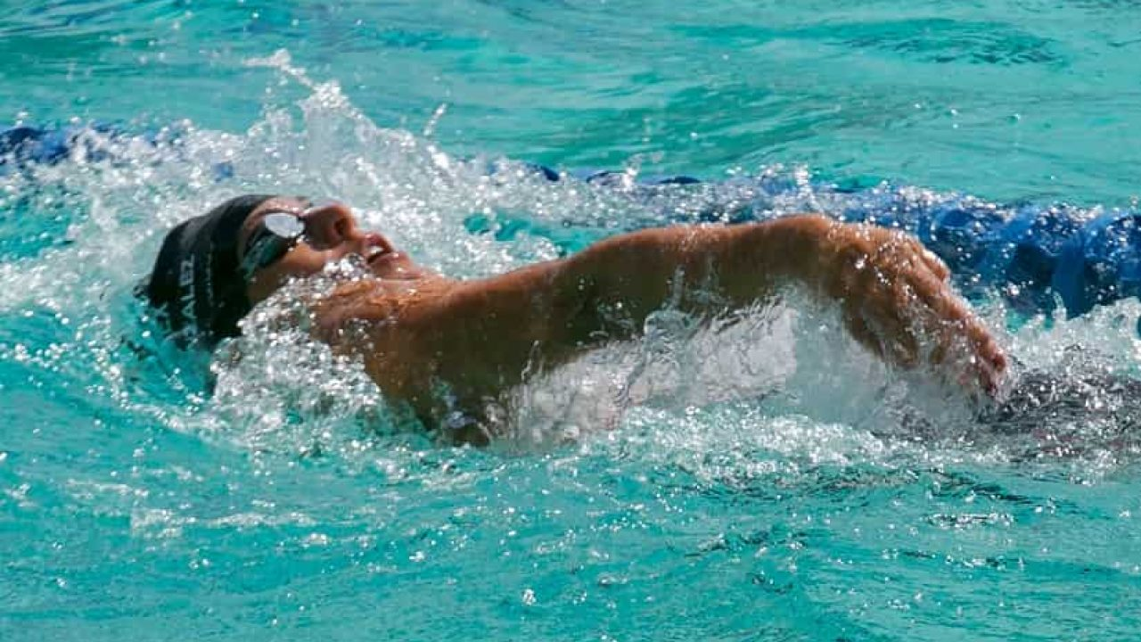 10 Motivational Swimming Quotes to Get You Fired Up