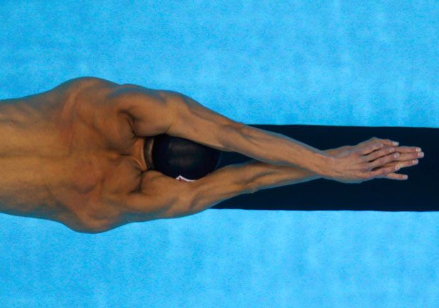 Ryan Lochte's Underwater Dolphin Kick is a Thing of Beauty