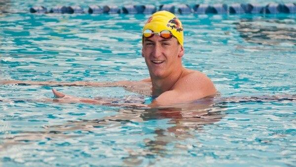 Ryan Hoffer underwater dolphin kick