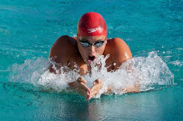 12 Ways to Swimmers to Build Confidence