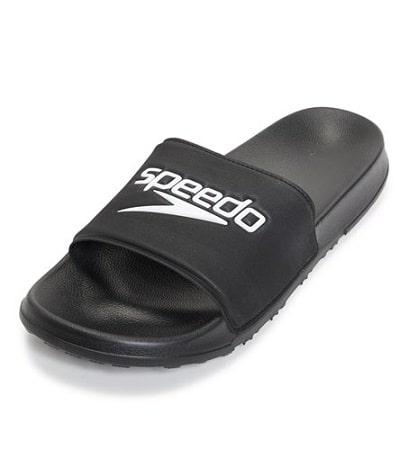 Best Showers Sandals for Pool Decks