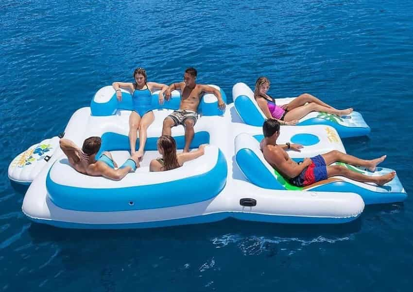 6 Best Floating and Inflatable Party Islands for Endless Summer Fun