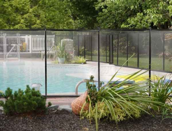 XtremePower Swimming Pool Fence